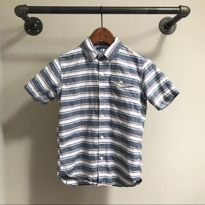 GAP boys short sleeve button down shirt